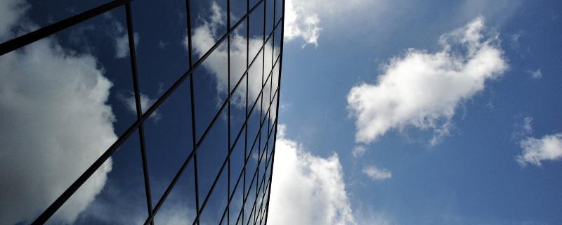 Adopte las soluciones en la nube